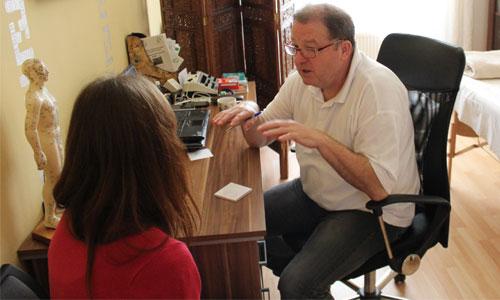 Čermák - praktik tradiční čínské medicíny